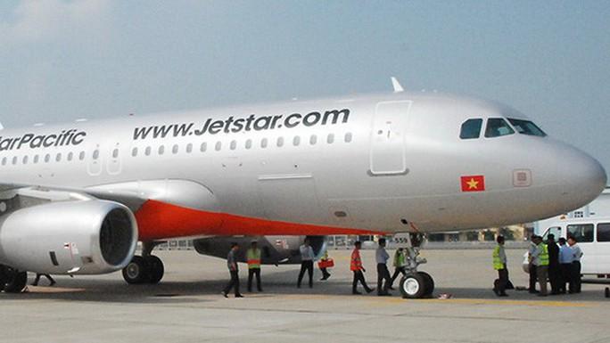 Máy bay tránh được nguy cơ va chạm ở Tân Sơn Nhất - Ảnh 1.