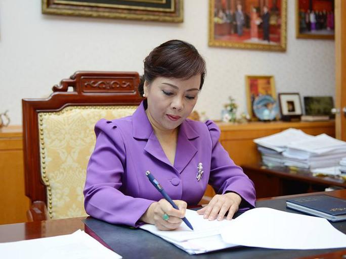 Bộ trưởng Nguyễn Thị Kim Tiến chưa được công nhận đạt chuẩn GS - Ảnh 1.