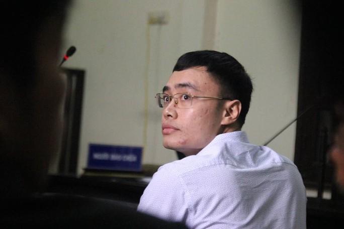 Xét xử cựu nhà báo Lê Duy Phong: Báo chí gặp khó khi tác nghiệp - Ảnh 2.
