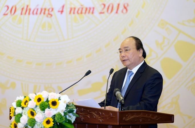 Thủ tướng: Đấu giá đất công khai để thu lợi cho nhà nước - Ảnh 1.