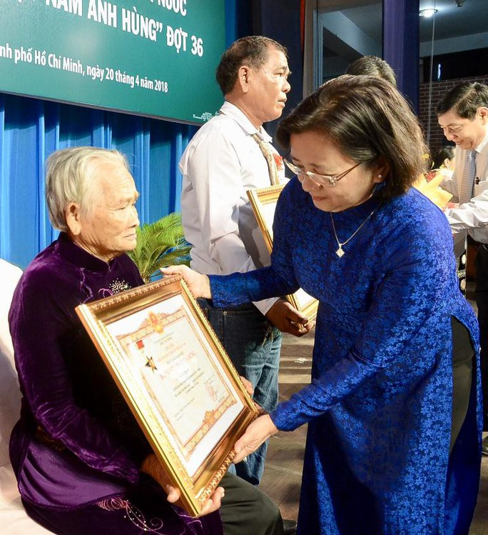 Tự hào được truy tặng danh hiệu Bà Mẹ Việt Nam Anh hùng - Ảnh 3.