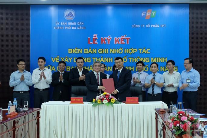 Đà Nẵng hợp tác với FPT phát triển thành phố thông minh - Ảnh 1.