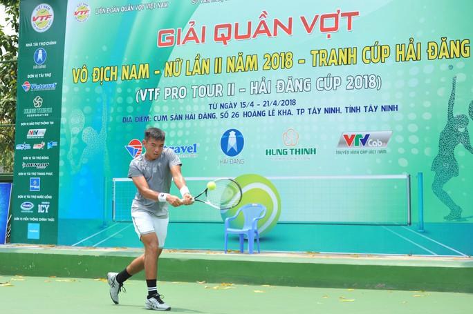 Lý Hoàng Nam hạ Minh Tuấn, vào chung kết VTF Pro Tour II - Ảnh 1.