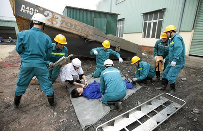 TP HCM đứng đầu cả nước về số vụ tai nạn lao động chết người - Ảnh 1.