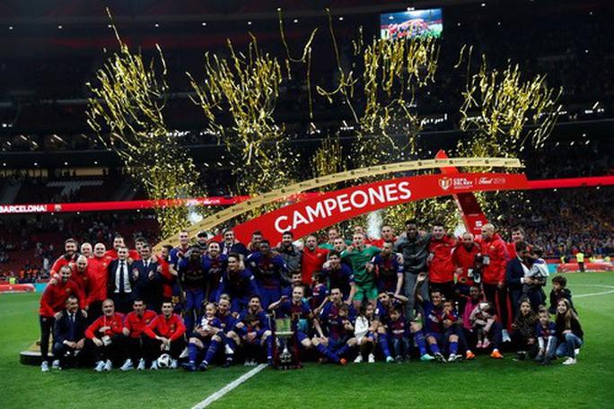 Đại thắng Sevilla 5-0, Barcelona đăng quang Cúp Nhà vua - Ảnh 8.