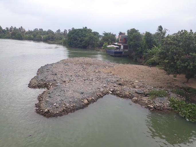 Vụ sông Đồng Nai lại bị lấp, lấn: Hiện hình mặt bằng trên sông - Ảnh 2.