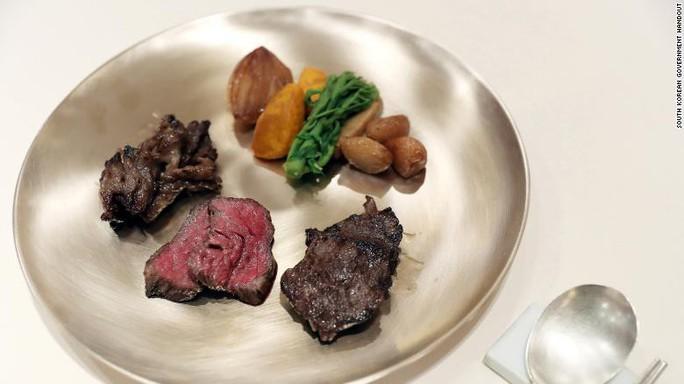 Triều Tiên đưa đầu bếp xịn tới thượng đỉnh liên Triều - Ảnh 6.