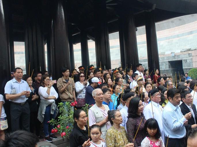 TP HCM long trọng tổ chức giỗ Tổ Hùng Vương - Ảnh 8.