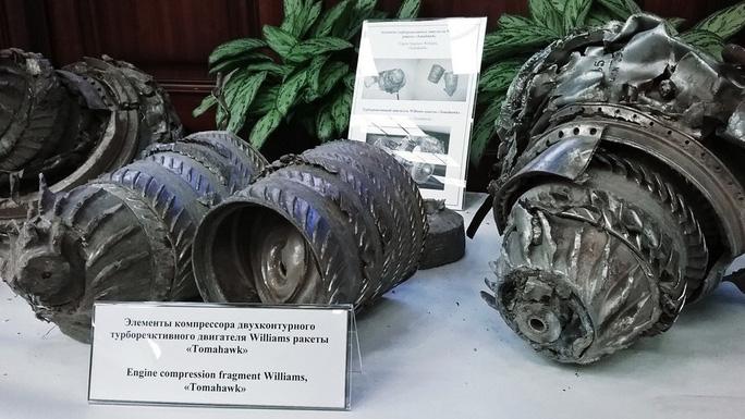 Nga công bố tên lửa Tomahawk thu được sau vụ Mỹ không kích Syria - Ảnh 5.