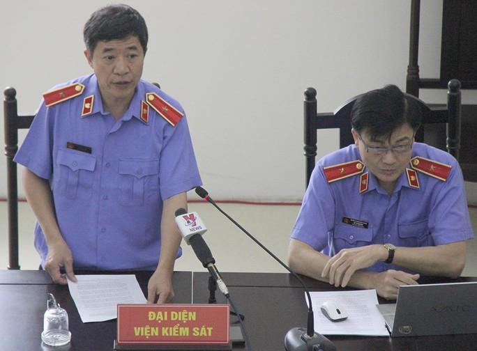 Đề nghị y án chung thân Hà Văn Thắm, tử hình Nguyễn Xuân Sơn - Ảnh 1.
