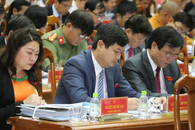 Miễn nhiệm tư cách đại biểu HĐND ông Lê Phước Hoài Bảo - Ảnh 1.