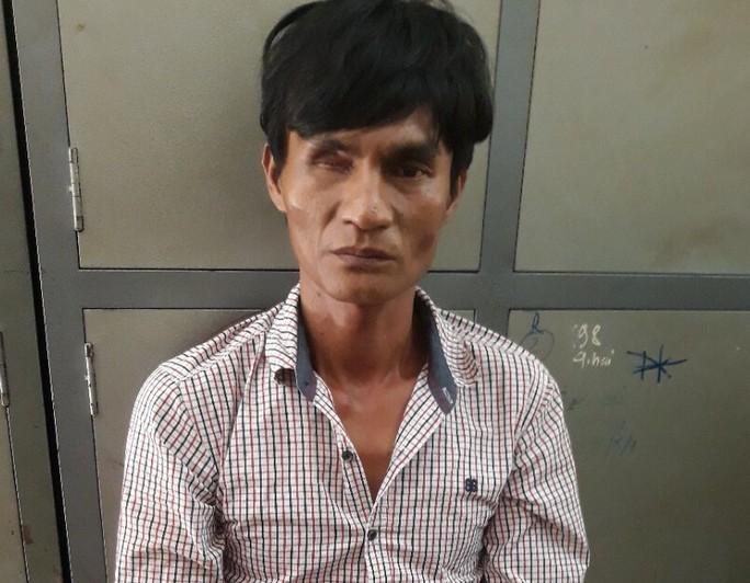 Hành trình truy bắt nghi can giết người bằng 14 nhát dao rồi trốn sang Campuchia - Ảnh 2.