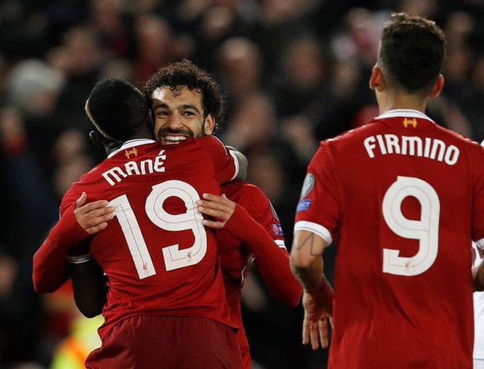Bị tố không biết xài Salah, Mourinho phản pháo - Ảnh 1.