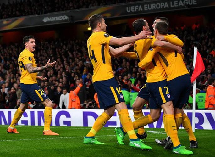 Đánh rơi chiến thắng trước Atletico, Arsenal khó mơ Europa League - Ảnh 6.