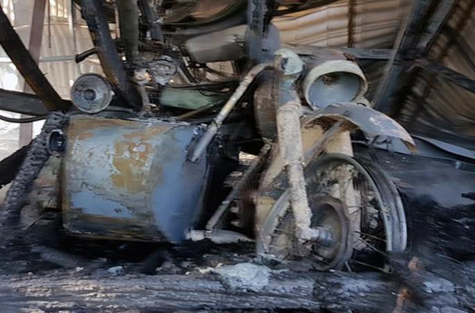 Cháy lớn tại khu du lịch hồ Tuyền Lâm, thiêu rụi quán cà phê xe cổ - Ảnh 5.