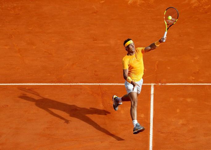 Rafael Nadal lập kỷ lục 400 trận thắng trên sân đất nện - Ảnh 2.