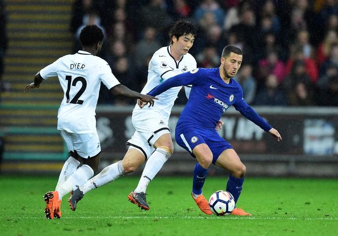 Thắng Swansea City, Chelsea ấp ủ hi vọng lọt tốp 4 cuối mùa - Ảnh 3.