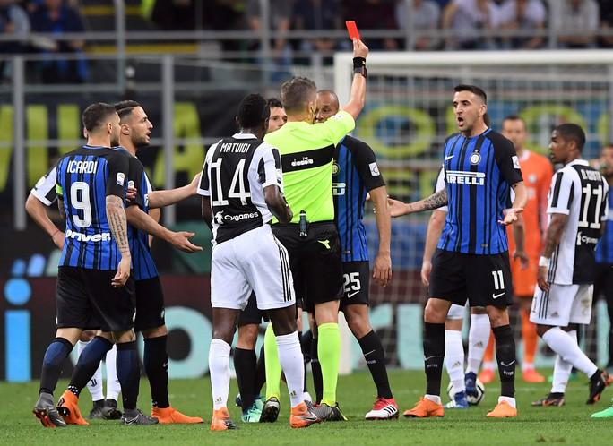 Juve hạ Inter trong trận cầu có 2 bàn đốt lưới nhà - Ảnh 2.