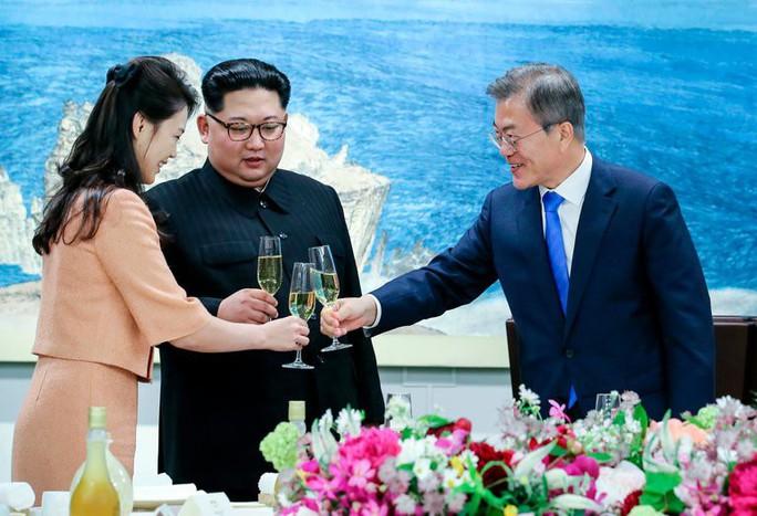 Hàn Quốc: Ông Kim Jong-un sẵn sàng từ bỏ vũ khí hạt nhân - Ảnh 1.
