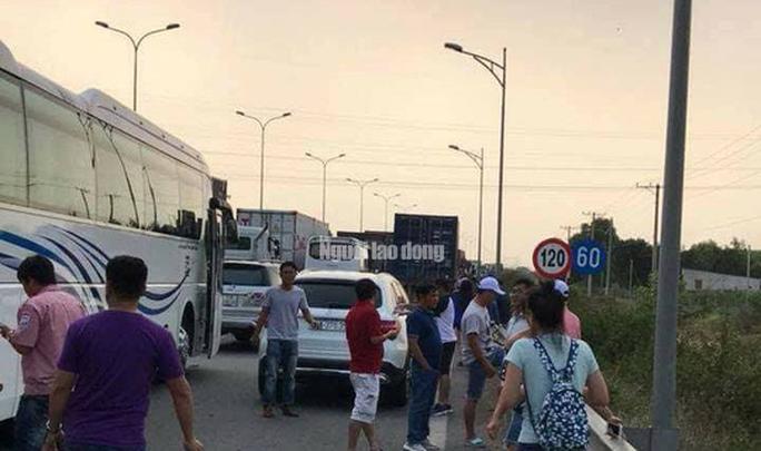 Tai nạn liên hoàn cao tốc Long Thành - Dầu Giây do đốt rác - Ảnh 14.