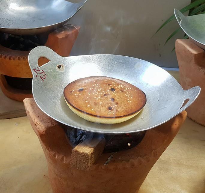 Lễ hội Bánh dân gian Nam bộ mang về doanh thu 250 tỉ đồng - Ảnh 2.