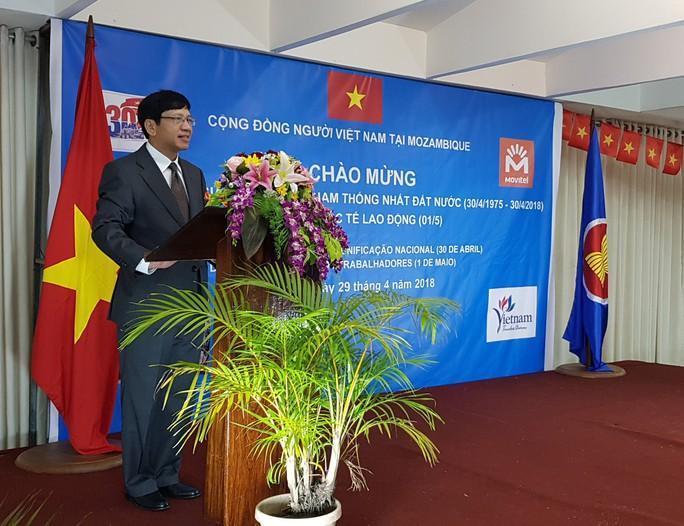 Người Việt kỷ niệm ngày Thống nhất đất nước trên khắp thế giới - Ảnh 2.