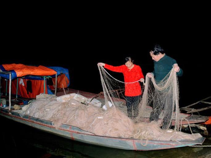 Quái ngư sông Đà và cuộc vật lộn ly kỳ giữa người và cá - Ảnh 3.