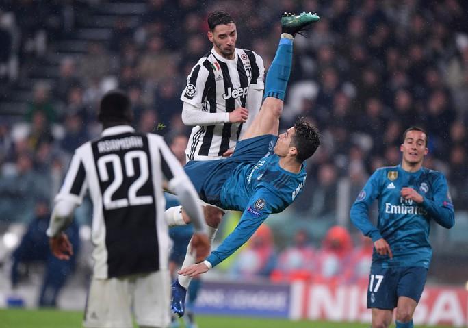 Ronaldo lập siêu phẩm khiến Juventus ôm hận tại Turin - Ảnh 2.