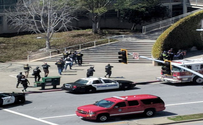Xả súng tại trụ sở YouTube ở Mỹ, tay súng nữ tự sát - Ảnh 1.