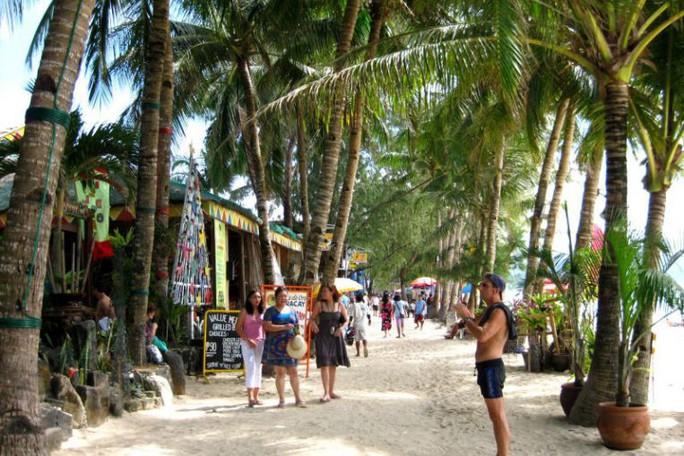 Philippines đóng cửa đảo du lịch Boracay nổi tiếng - Ảnh 1.