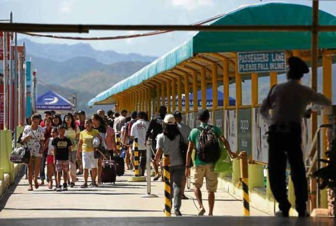 Philippines đóng cửa đảo du lịch Boracay nổi tiếng - Ảnh 2.