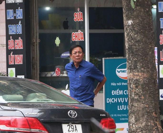 Đường dây đánh bạc ngàn tỉ: Bắt tạm giam nguyên Tổng cục trưởng Tổng cục Cảnh sát - Ảnh 1.