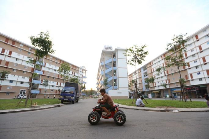 Cán bộ, công chức, viên chức và công nhân được vay mua nhà ở xã hội - Ảnh 1.