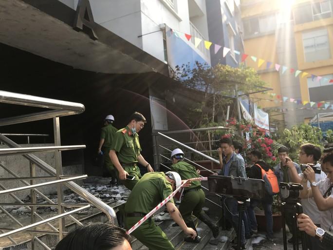 Điểm mặt 8 chung cư cao cấp ở Sài Gòn dễ chết nếu cháy - Ảnh 1.