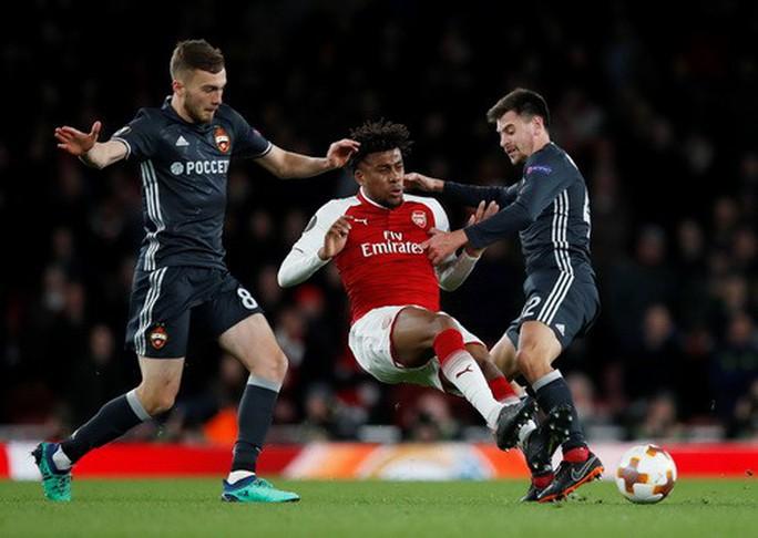 Arsenal đại náo Europa League, Atletico lập kỷ lục săn bàn - Ảnh 1.
