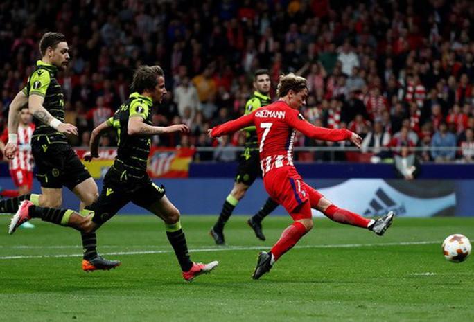 Arsenal đại náo Europa League, Atletico lập kỷ lục săn bàn - Ảnh 6.
