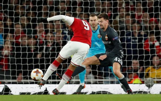 Arsenal đại náo Europa League, Atletico lập kỷ lục săn bàn - Ảnh 3.