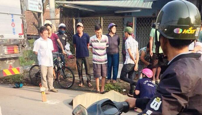 Đồng Nai: Một buổi sáng 2 vụ tai nạn giao thông,  1 phụ nữ chết - Ảnh 1.
