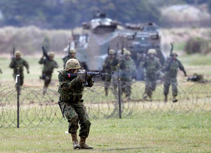 Nhật Bản tăng cường năng lực tái chiếm đảo - Ảnh 1.