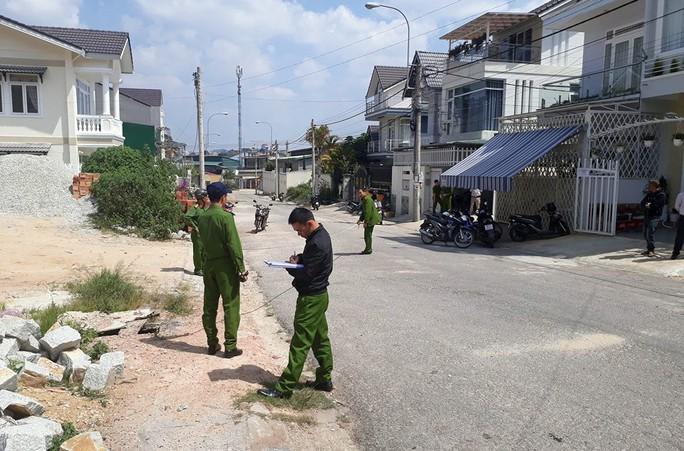 Xác định đối tượng nổ súng khiến 2 cha con bị thương ở Đà Lạt - Ảnh 1.