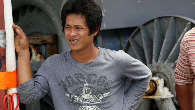Ngư dân Việt Nam cứu người trên tàu chìm ở Mỹ - Ảnh 1.