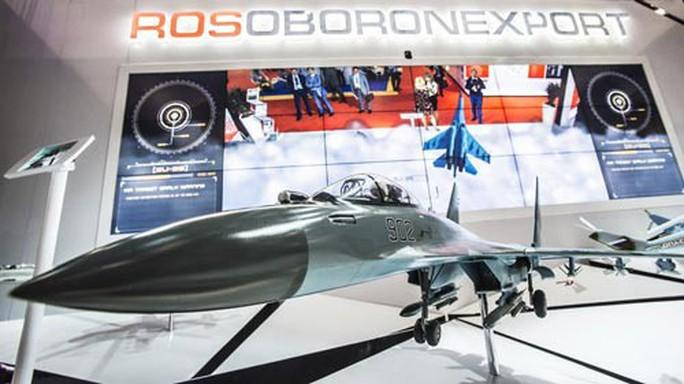 Mỹ muốn đẩy Nga khỏi thị trường vũ khí - Ảnh 1.