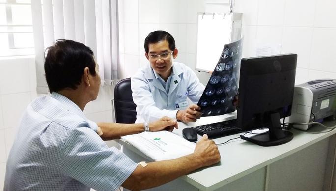 Xuất viện sau 36 giờ điều trị vỡ u gan bằng phương pháp TACE - Ảnh 2.