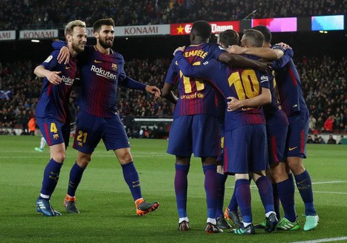 Hat-trick Messi giúp Barcelona bắt kịp kỷ lục 38 năm La Liga - Ảnh 6.