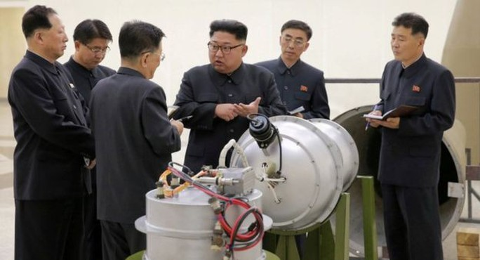 """Trung Quốc cấm xuất khẩu """"hàng hóa kép"""" sang Triều Tiên - Ảnh 2."""