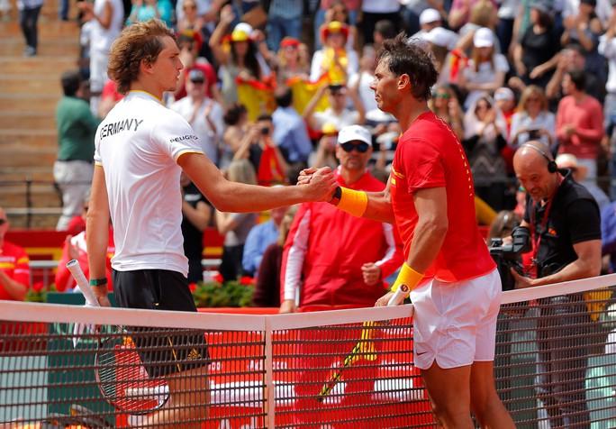 Nadal đưa Tây Ban Nha vào bán kết Davis Cup 2018 - Ảnh 2.