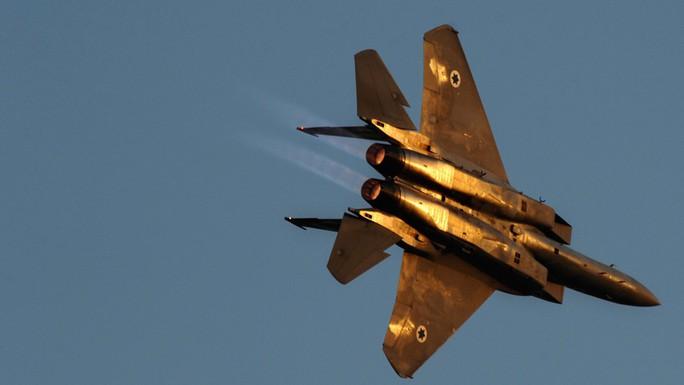 Vụ tấn công Syria: 14 người chết, Nga tố Israel bắn 8 tên lửa - Ảnh 2.