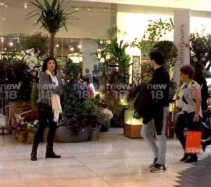 Lộ thêm hình ảnh bà Yingluck đang ở Anh - Ảnh 2.
