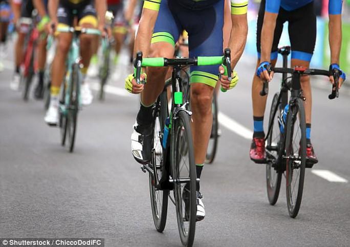 Đi xe đạp có làm nam giới yếu đi? - Ảnh 1.