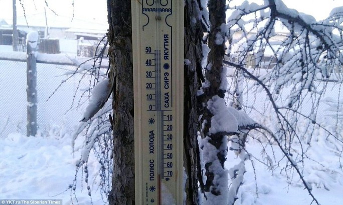 Ở ngôi làng Cực lạnh: Lạnh tới nỗi nhiệt kế đột quỵ - Ảnh 2.